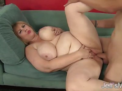 Hot and thick big boobed girl fucks and cum in her mouth