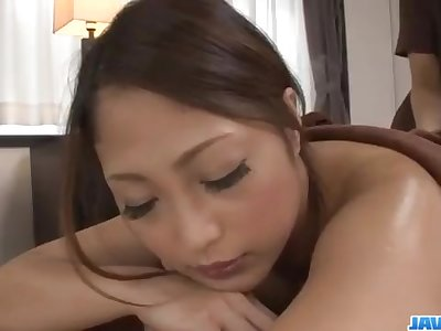 Superb massage session with a lesbian babe