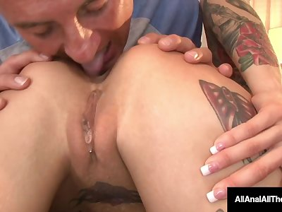 Short Haired Anna Bell Peaks Spreads Her Inked Backside Cheeks For Hot RimJob!